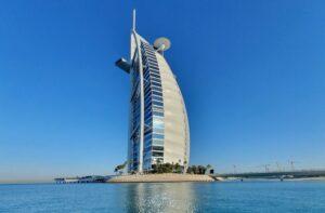 Burj Al Arab - siedmiogwiazdkowy hotel
