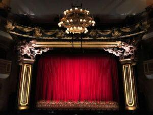 Upiór w dubajskiej operze